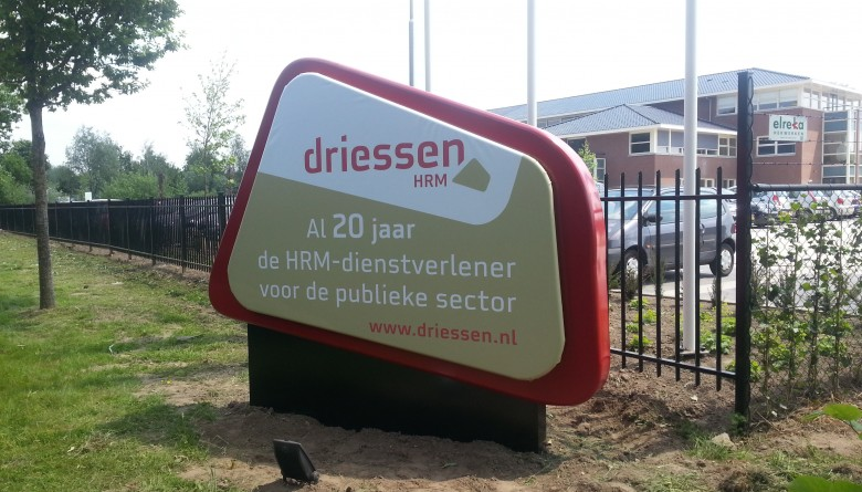 artop-reclamezuil-outdoor-communicatie